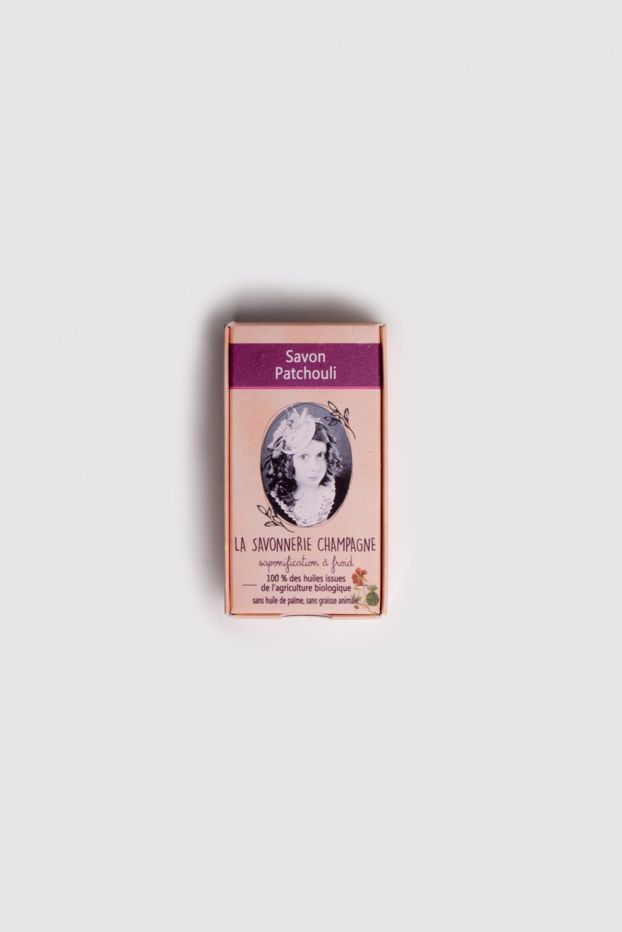 Savon saponifia a froid huile essentielle patchouli